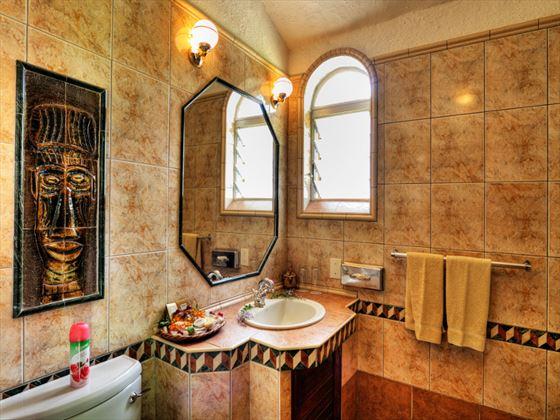 Chobe Game Lodge bathroom