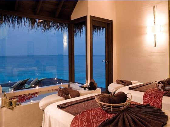 Coco Spa treatment room at Coco Bodu Hithi