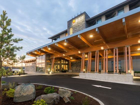 Comfort Inn & Suites Campbell River exterior