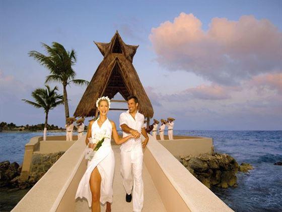 Couple at Dreams Puerto Aventuras