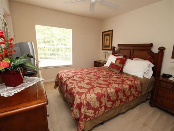 Disney Area townhouse bedroom