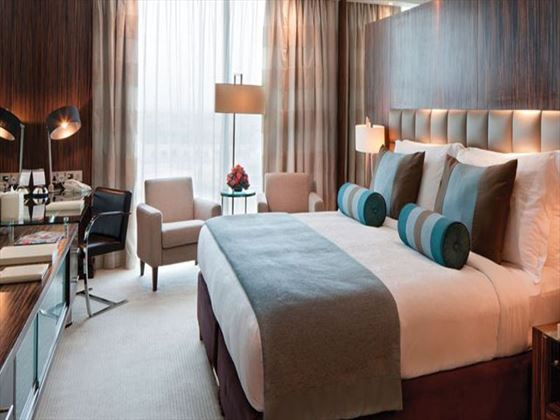 Deluxe Room at Bonnington Jumeirah Lakes Towers