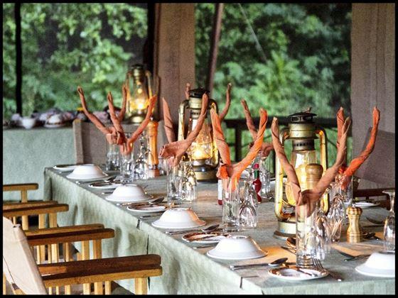 Dining area at Mount Meru Game Lodge