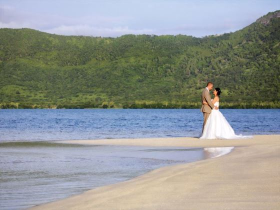 Weddings at Paradis Hotel & Golf Club