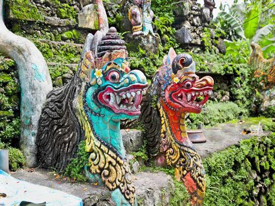 Dragon statues in Bali