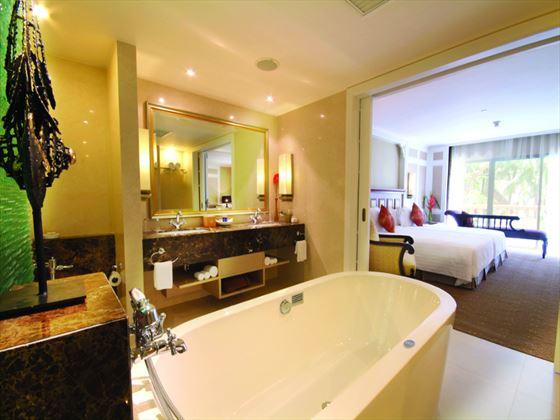 Dusit Thani Hua Hin bathroom