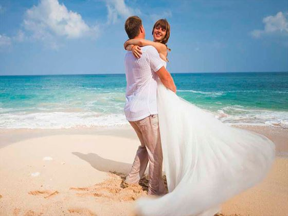 Weddings at Enchanted Island Resort