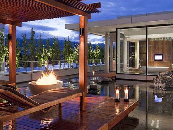 Owner's Suite deck