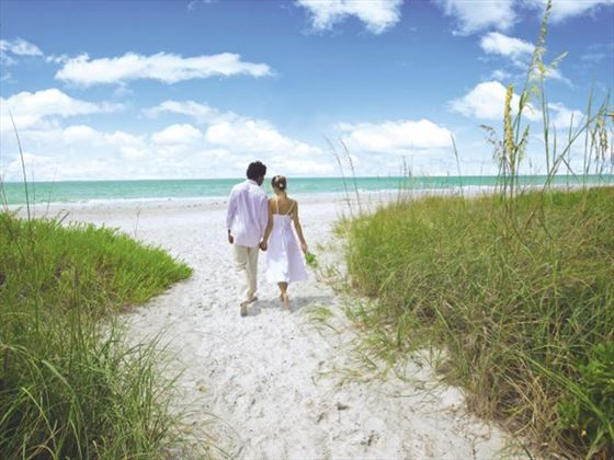 Beautiful weddings on beautiful beaches