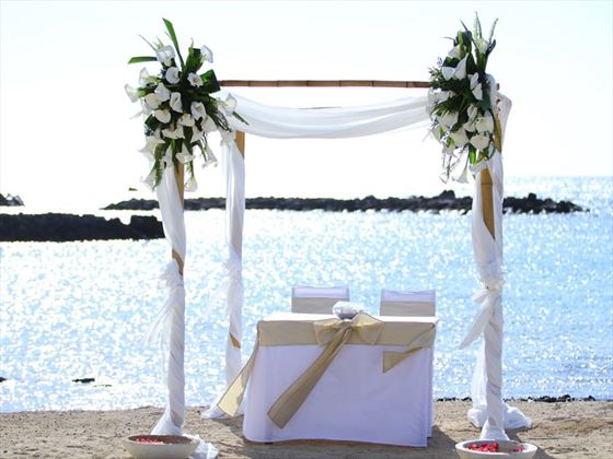 Beach wedding setting at Veranda Pointe Aux Biches
