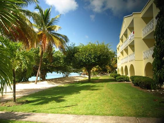 Grenadian by Rex Resorts grounds