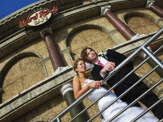 Bride & Groom outside the famous Hard Rock Cafe Orlando