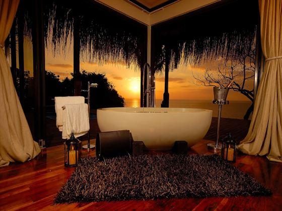 Indigo Bay Resort & Spa  Bay View Suite bathroom