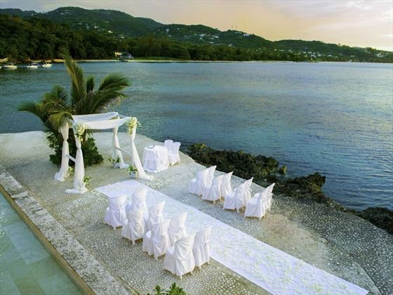 The Infiniti Pool Sun Deck wedding setting