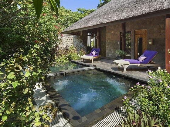 JA Manafaru Calm Spa & Salon relaxation area