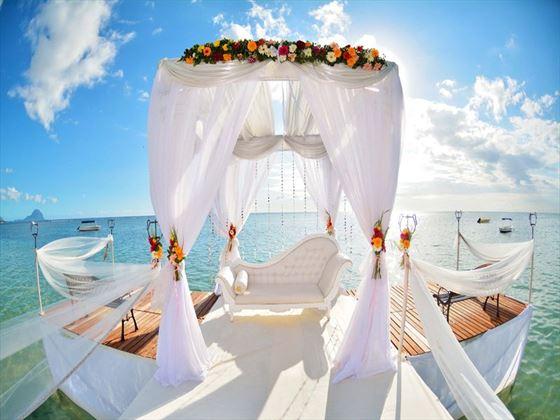 Beautiful jetty wedding