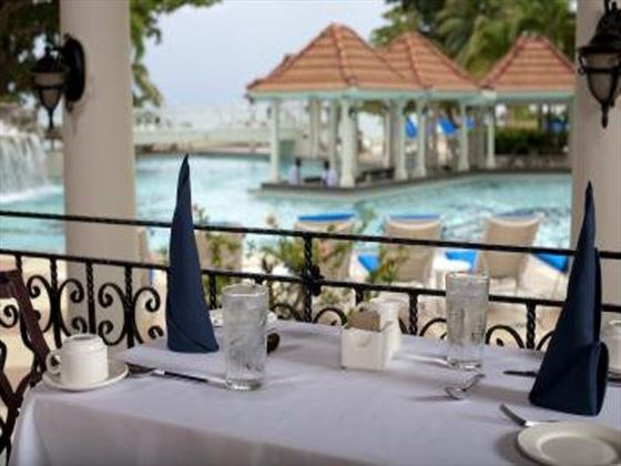 Dining at The Jewel Dunn's River Resort