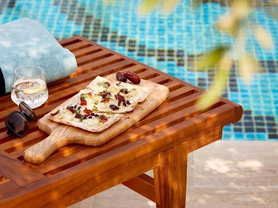Jumeirah Al Naseem - Kalsa Pool Bar