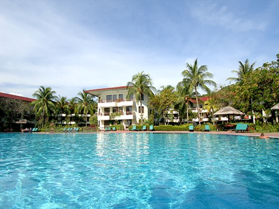 Main swimming pool at Holiday Villa Beach Resort & Spa Langkawi
