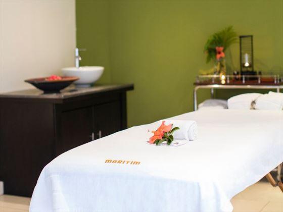 Spa treatment room at Maritim Crystals Beach Hotel