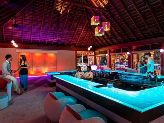 Dhoni Bar