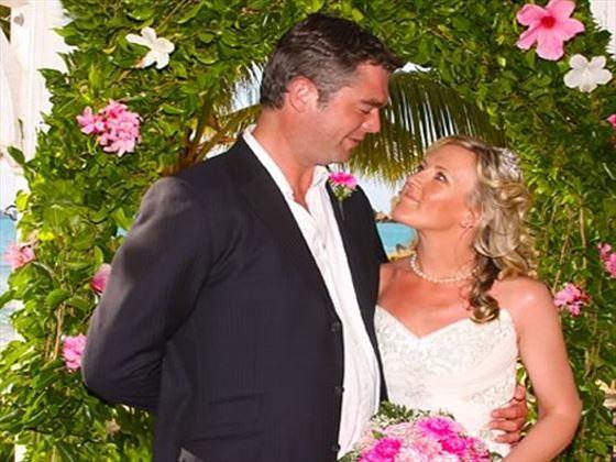Newlyweds at Galley Bay Resort