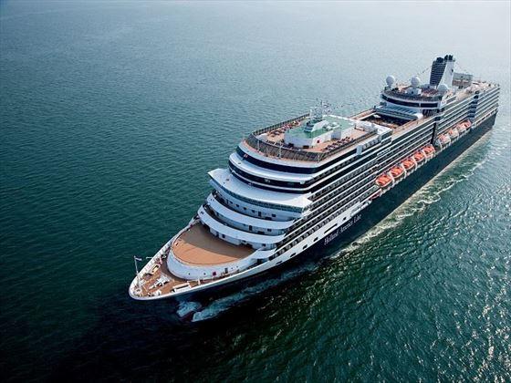 Niew Amsterdam ship
