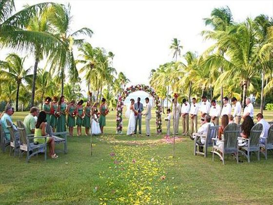 Weddings at Nisbet Plantation Beach Club