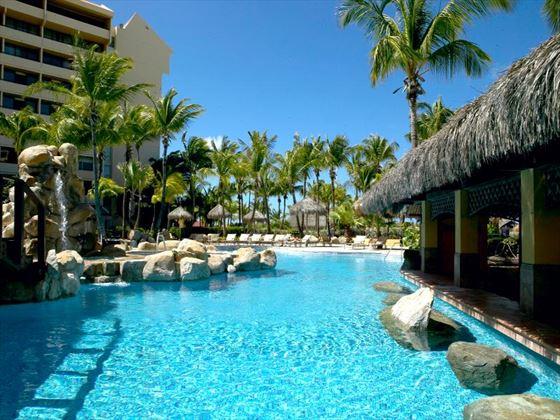 Barcelo Aruba swimming pool