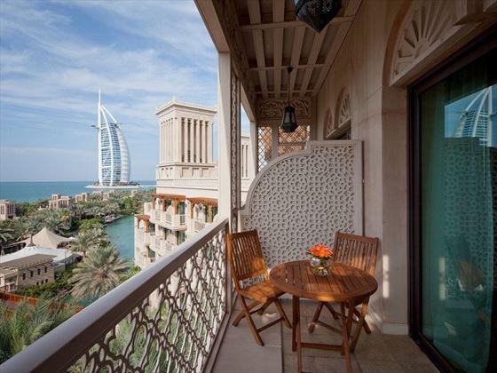 Jumeirah Al Qasr  - Ocean Deluxe Room