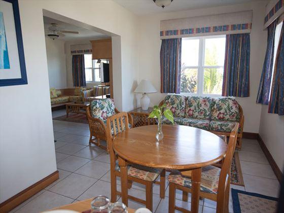 Ocean Terrace Inn Junior Suite living room