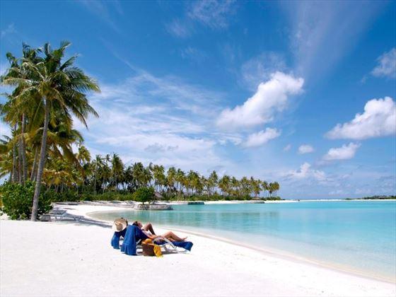 The beach, Olhuveli Beach & Spa Resort