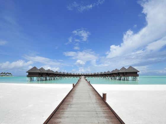 Olhuveli Beach & Spa Resort water villa jetty