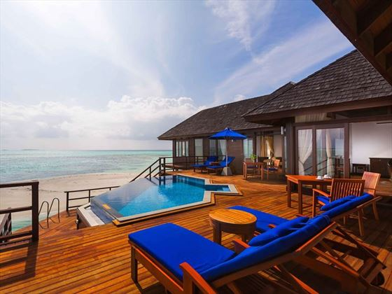 Olhuveli Beach & Spa Resort, Presidential Water Suite
