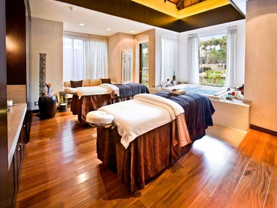 One&Only Cape Town spa suite