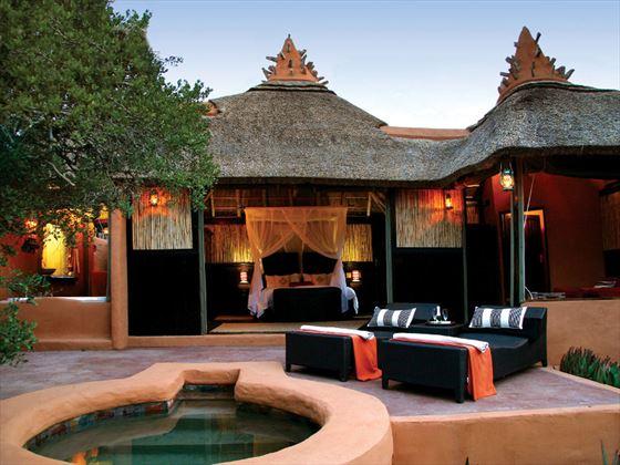 Outdoor terrace at Amakhala Safari Lodge