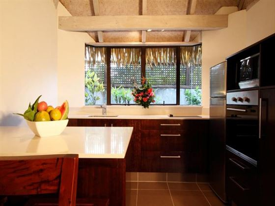 Pacific Resort Rarotonga Premium Garden Villa kitchen