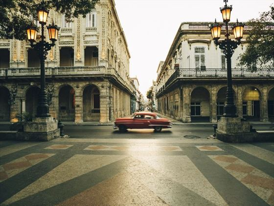 Paseo de Marti Boulevard at dusk, Havana