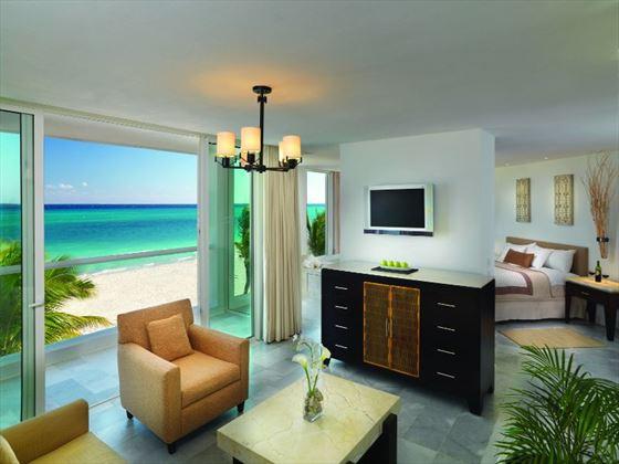 Playacar Palace living room