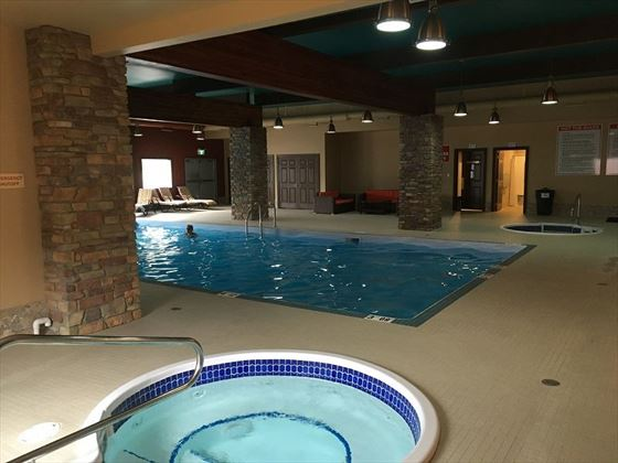 Swimming Pool & Hot Tub facilities