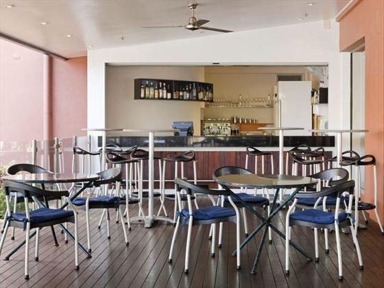 Poolside Restaurant's Bar