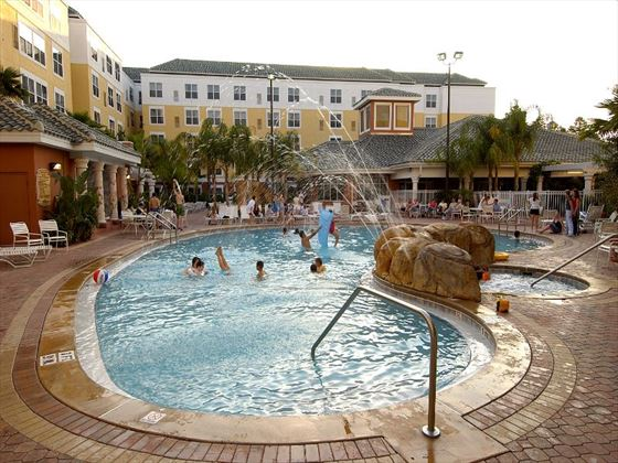 Residence Inn by Mariott Lake Buena Vista pool