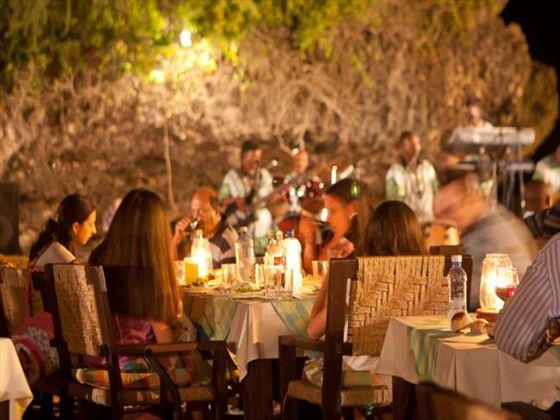 Restaurant at Leopard Beach Resort & Spa