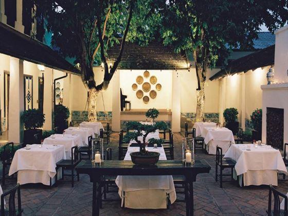 Restaurant courtyard at Rachamankha
