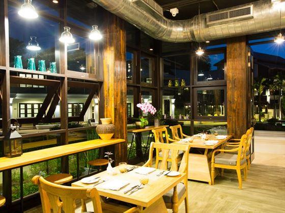 Time Riverfront Restaurant, Na Nirand, Chiang Mai