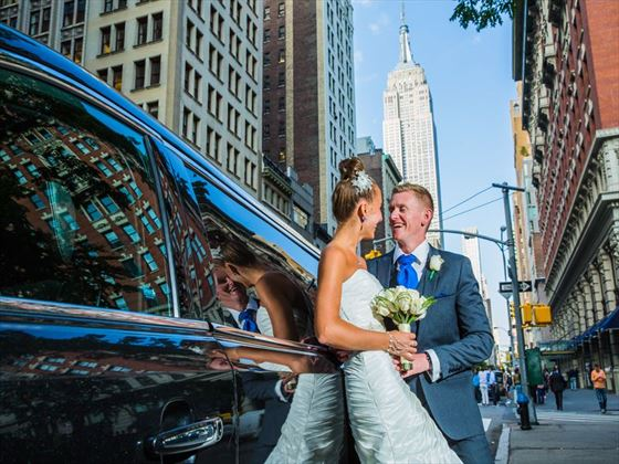 Bride & Groom with the ultimate NY backdrop