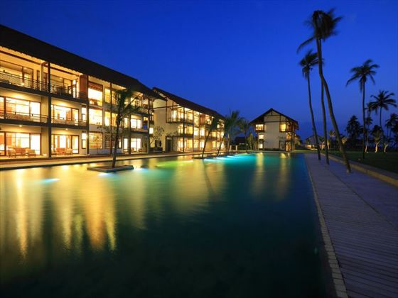 Room & Pool view