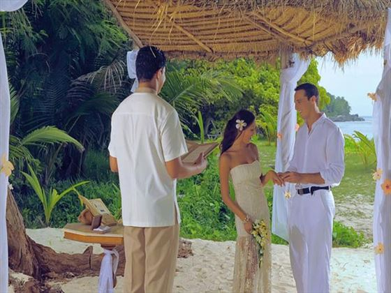 Wedding ceremony at Sainte Anne Island