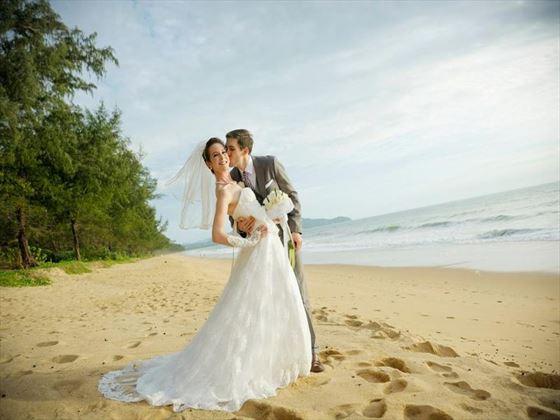 Wedding couple at SALA Phuket Resort & Spa