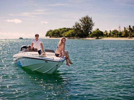 Exploring the Mauritius coastline